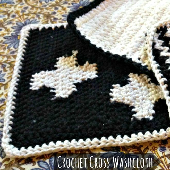 3 washcloths cross square