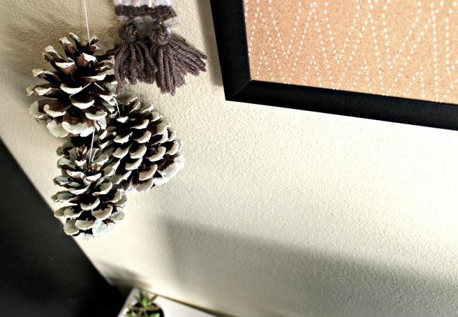 Pinecone wall hanging
