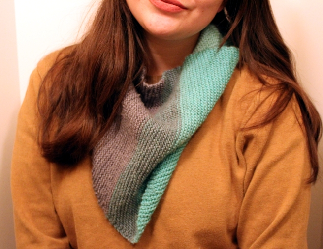 triangle scarf.JPG